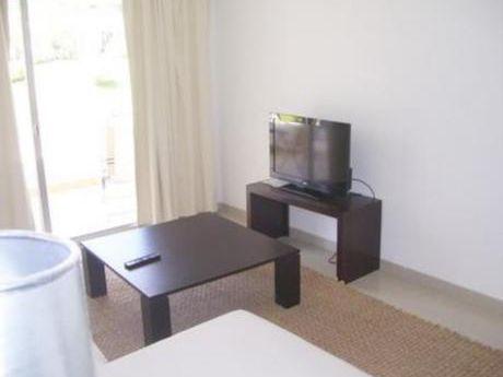 Apartamentos En Rincón Del Indio: Bla1167a