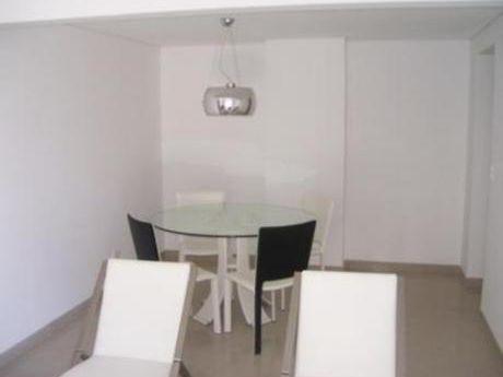 Apartamentos En Rincón Del Indio: Bla1231a
