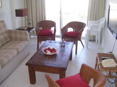 Apartamentos En Playa Brava: Bla1241a