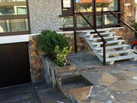 Apartamentos En Península: Bla1351a