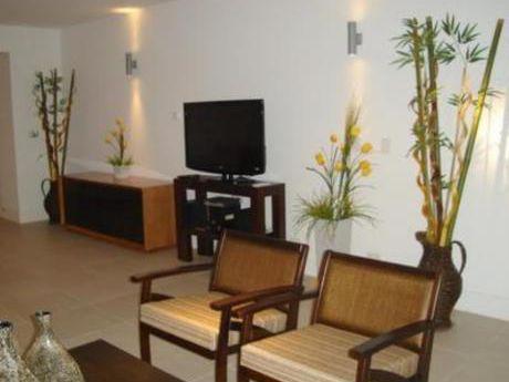 Apartamentos En Playa Brava: Bla1470a
