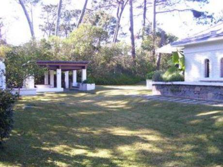 Casas En Playa Mansa: Bla1492c