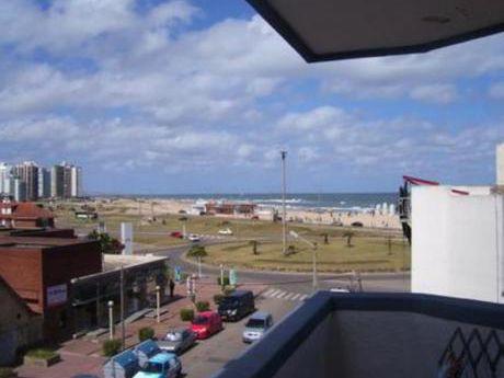 Apartamentos En Península: Bla269a