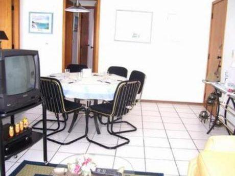 Apartamentos En Playa Mansa: Bla599a