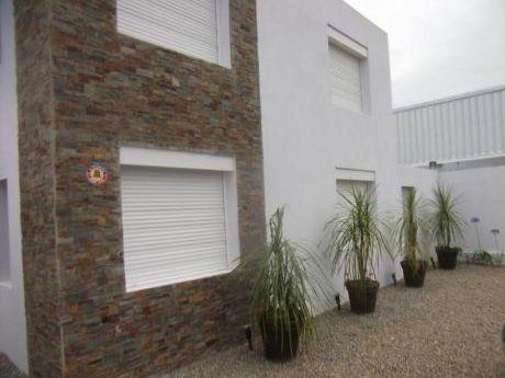 Apartamentos En Aigua : Blm590a