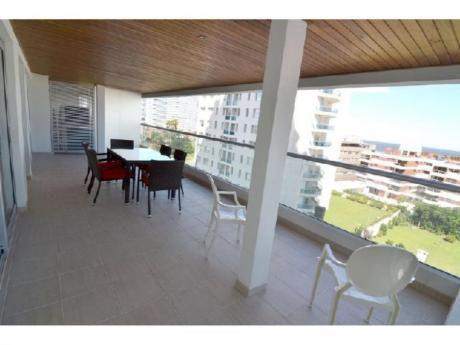 Apartamentos En Playa Brava: Cyc125a