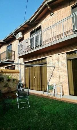 Vendo Hermoso Duplex Semi Nuevo, Barrio Villa Adela, Zona Conmebol...