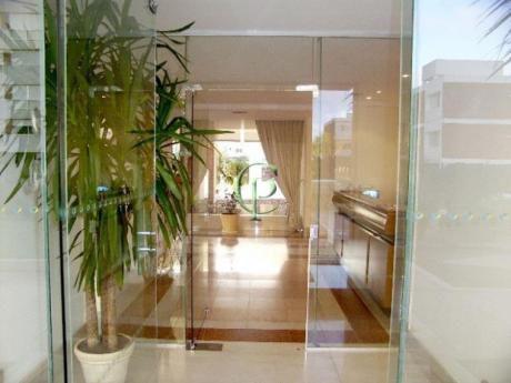 Apartamentos En Playa Brava: Cpt10933a