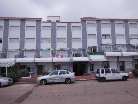 Apartamentos En Península: Cro101a