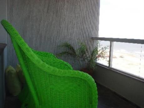 Apartamentos En Playa Brava: Cro1562a