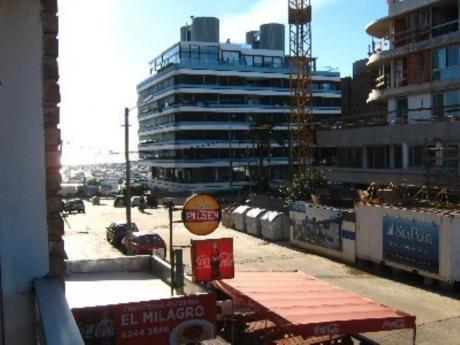 Apartamentos En Península: Cro2403a