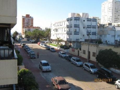 Apartamentos En Península: Cro2550a