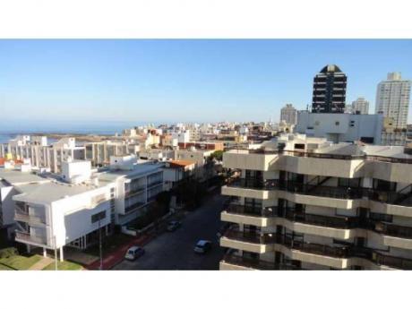 Apartamentos En Península: Cro2859a