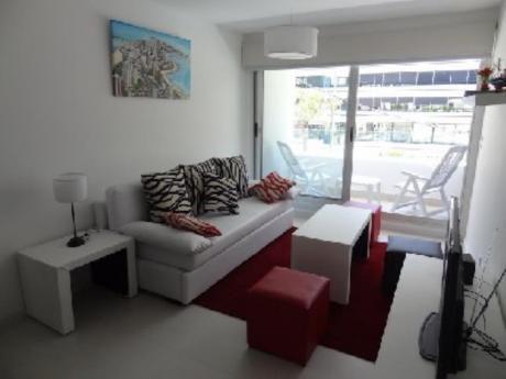 Apartamentos En Península: Cro2948a