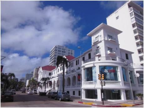 Apartamentos En Península: Cro3540a