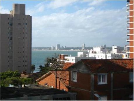 Apartamentos En Península: Cro727a
