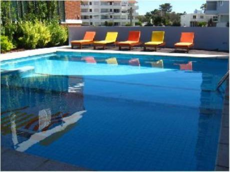 Apartamentos En Playa Brava: Cro763a