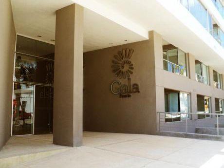 Alquilo Apartamento  Punta Del Este Península -