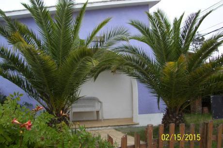 Casa La Paloma A Pocas Cuadras De La Bahia  Y La Balconada