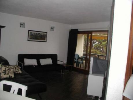 Apartamentos En Península: Gll1058a