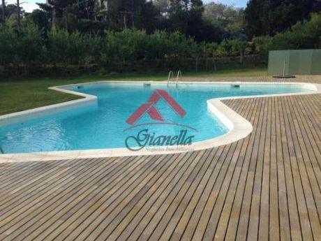 Apartamentos En Playa Brava: Gll1113a