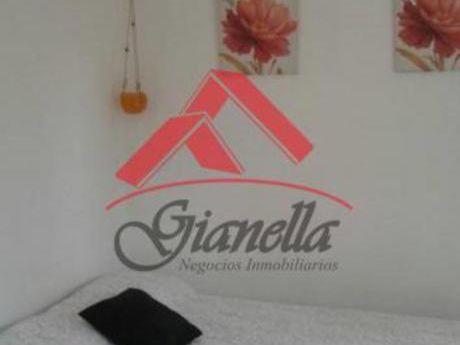 Apartamentos En Península: Gll1225a
