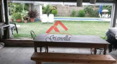 Casas En Pinares: Gll1228c