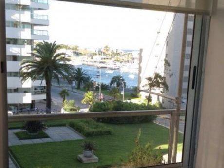 Apartamentos En Península: Gll1276a