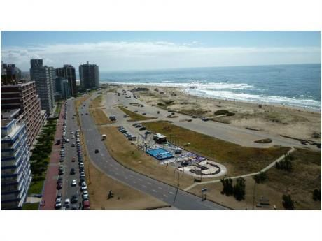 Apartamentos En Península: Gll1325a