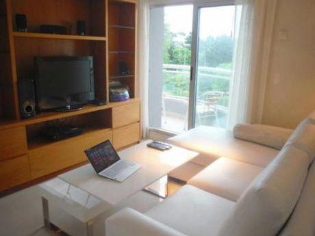 Apartamentos En Península: Gll1343a