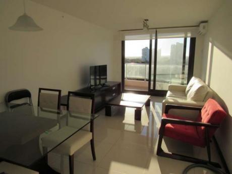 Apartamentos En Cantegril: Idg13a