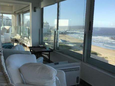 Apartamentos En Playa Brava: Idg150a