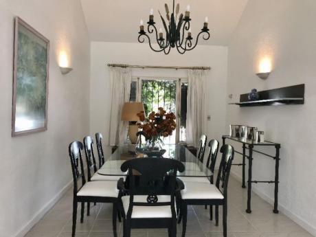 Casas En Playa Brava: Idg245c