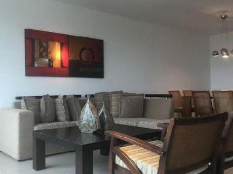 Apartamentos En Playa Brava: Idg277a