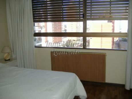 Apartamentos En Playa Brava: Lmt140a
