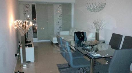 Apartamentos En Playa Mansa: Lmt258a