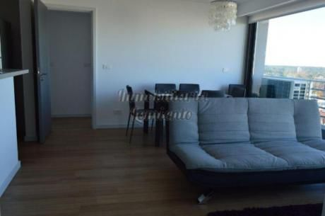 Apartamentos En Playa Mansa: Lmt313a