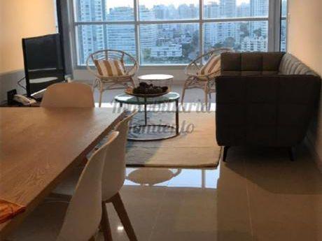 Apartamentos En Playa Brava: Lmt370a