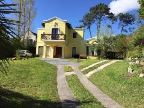 Casas En Cantegril: Sgt2168c