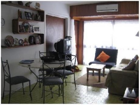 Apartamentos En Playa Brava: Sgt2332a
