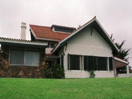Casas En Pinares: Sgt276c