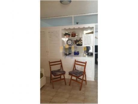 Apartamentos En Playa Brava: Jyr1434a