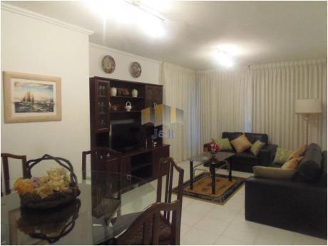 Apartamentos En Playa Brava: Jyr388a
