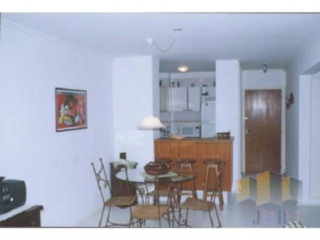 Apartamentos En Playa Brava: Jyr679a