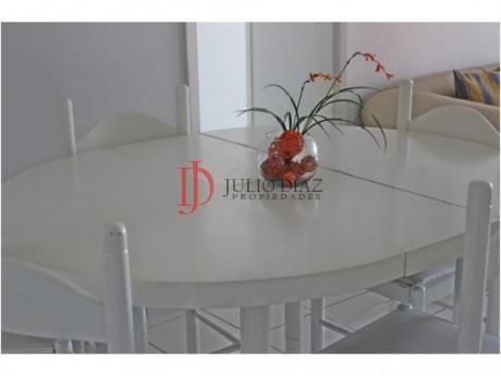 Apartamentos En Playa Brava: Jdi2692a