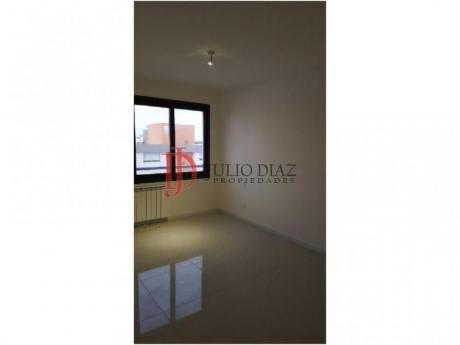 Apartamentos En Centro: Jdi4905a
