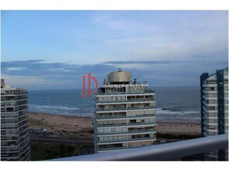 Apartamentos En Playa Brava: Jdi5416a