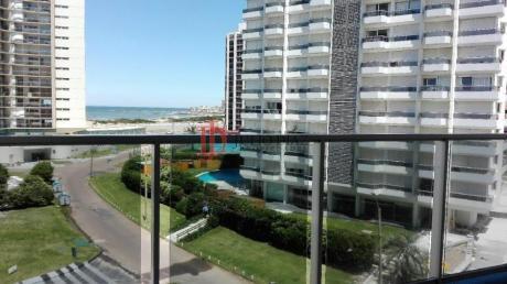 Apartamentos En Playa Brava: Jdi6365a