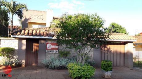 Hermosa Casa En Lambare Zona Hipermercado El Pueblo.