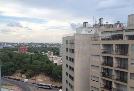 Apartamento En 18 De Julio Y Br Artigas Edificio Leyendas